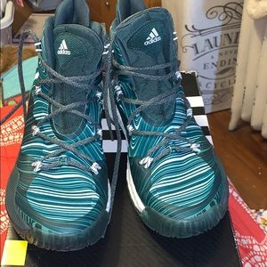 Adidas Basketball Sneakers in green men's size 8